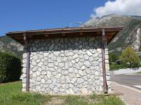 Piazzola per la fermata degli autobus in Comune di Amaro (Ud)